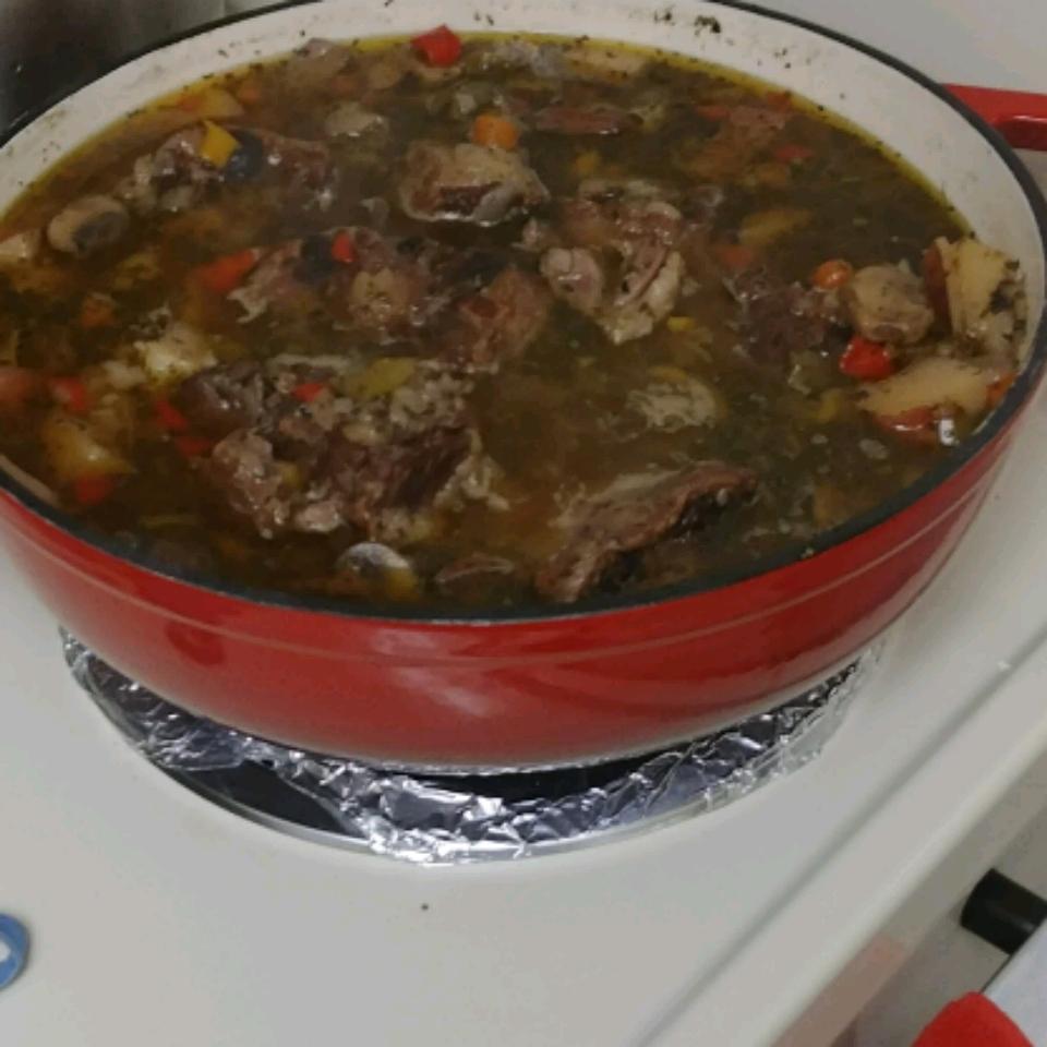 Oxtail Soup I ramon cabezas