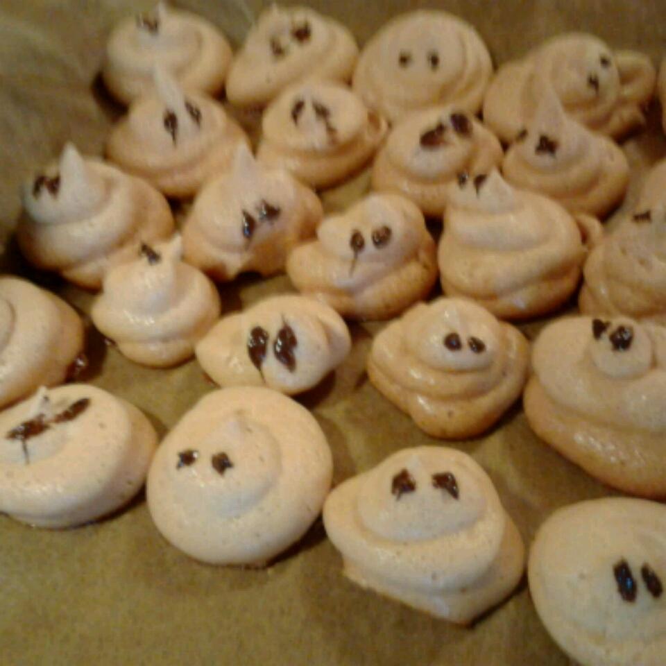 Meringue Bones and Ghosts cinder