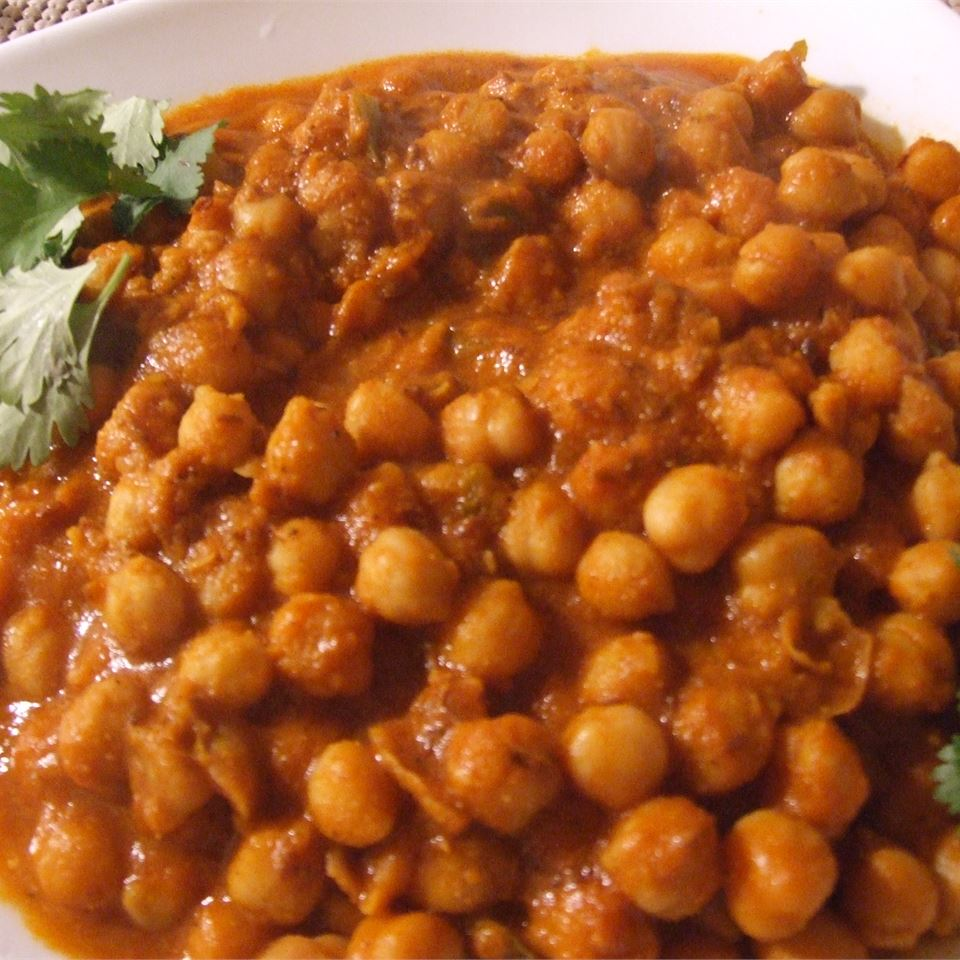 Cholay (Curried Chickpeas) SHAMMI EDWARDS