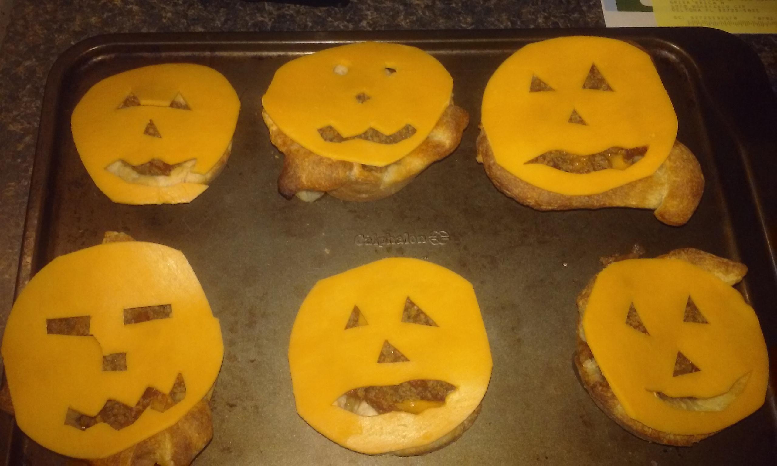 Halloween Jack-o'-Lantern Beef Pies