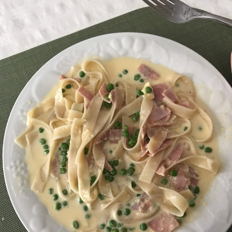 Fettucine Carbonara