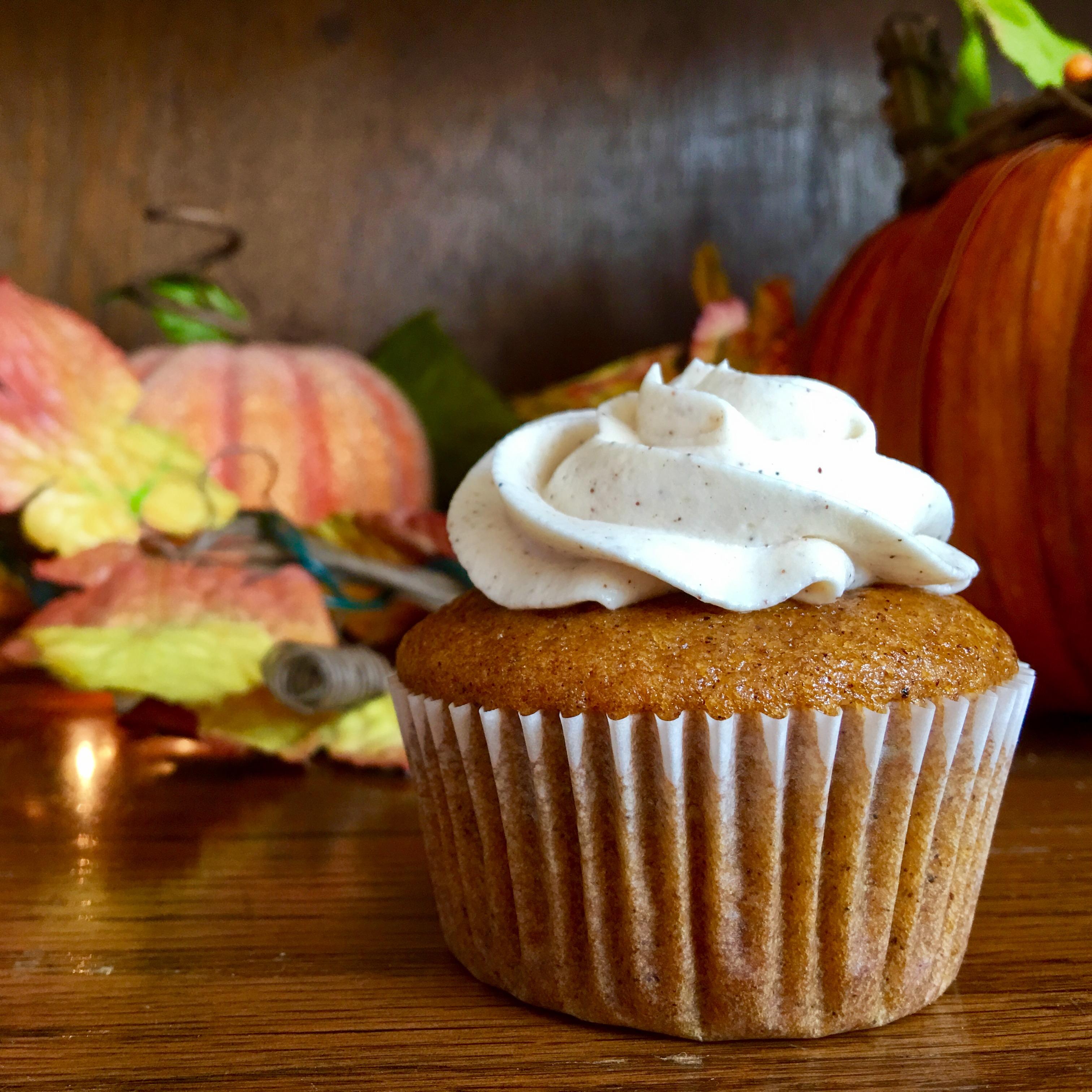 Harvest Pumpkin Cupcakes