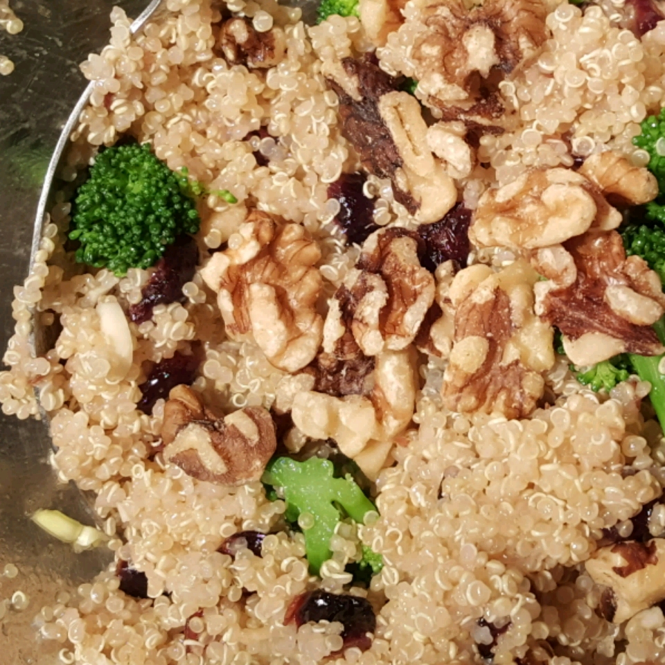 Cranberry Quinoa Salad with Broccoli Colleen Seal