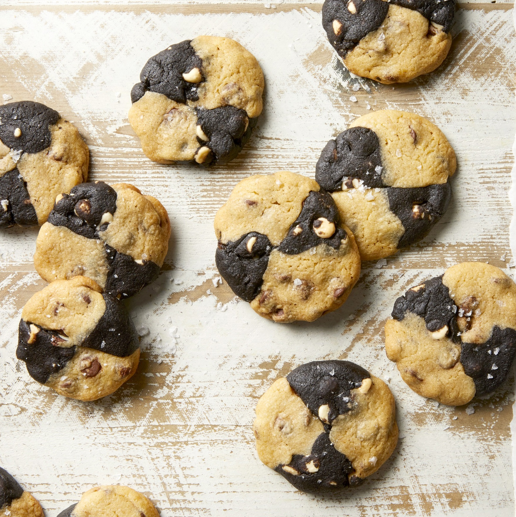 Chocolate Chip Crisscross Cookies