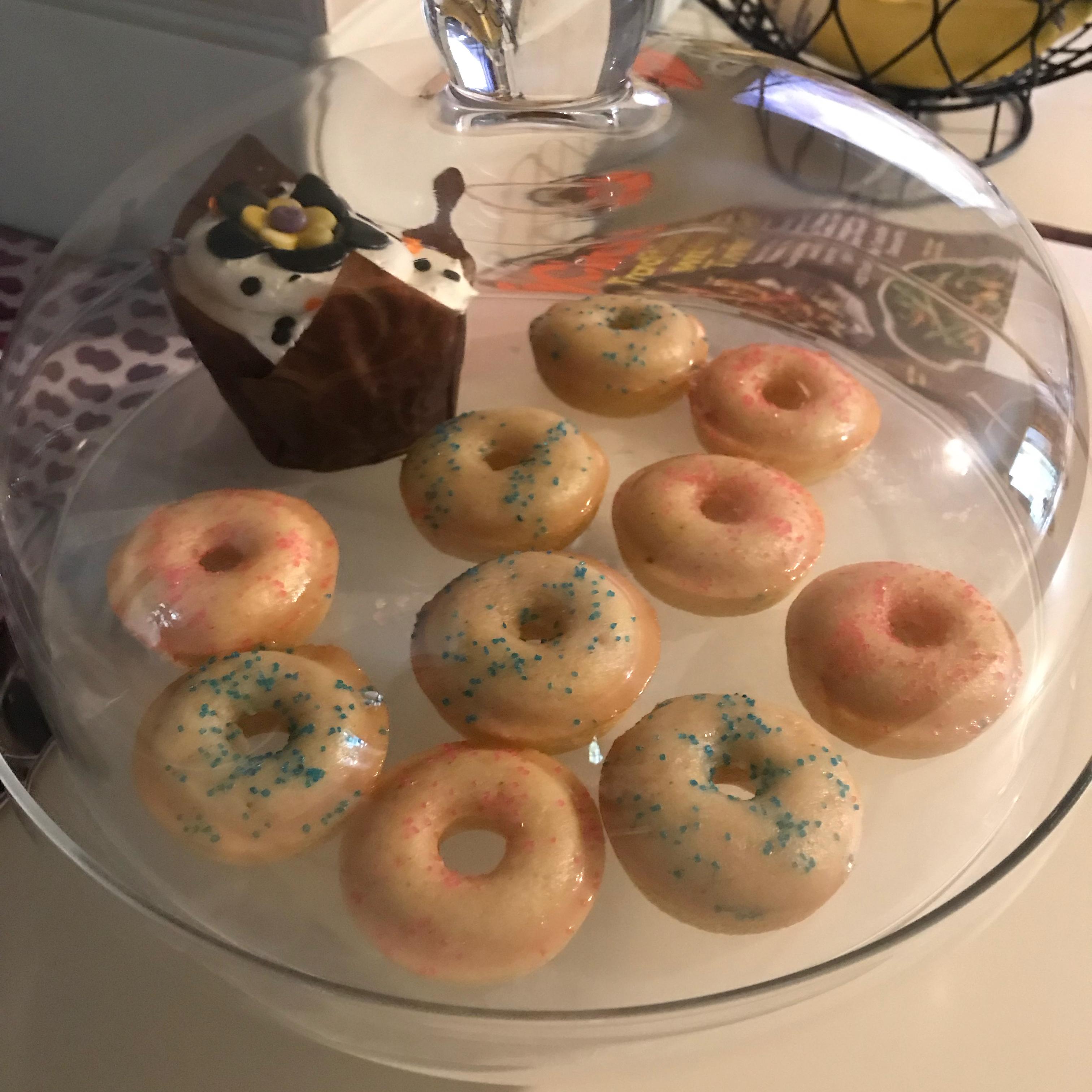 Baked Mini Doughnuts Maria Piczon