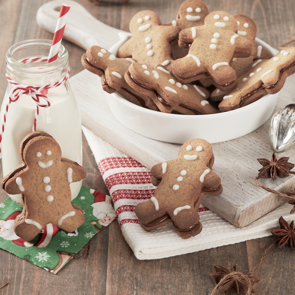 Gingerbread Men Cookies with Nutella® hazelnut spread Nutella® hazelnut spread