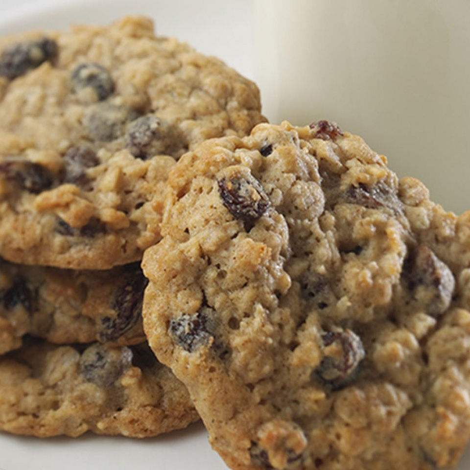 Crispy-Chewy Oatmeal Raisin Cookies