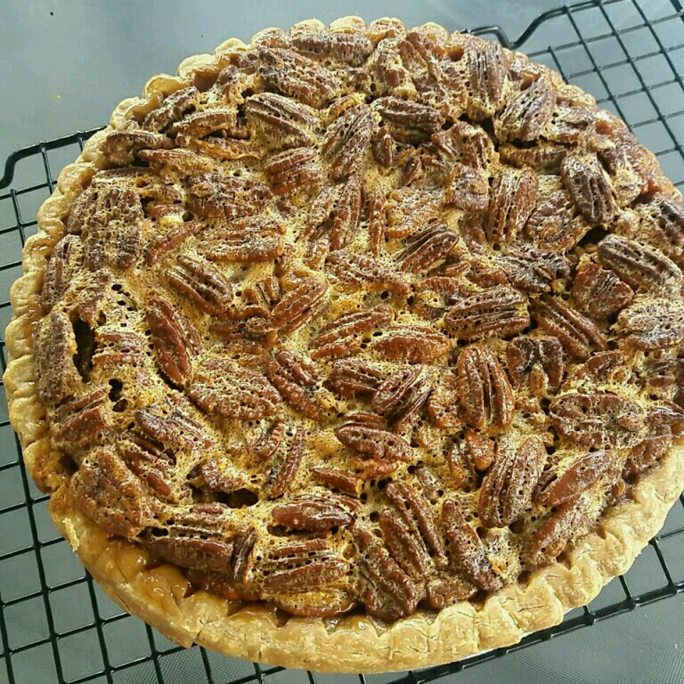 Favorite Bourbon Pecan Pie Shaun