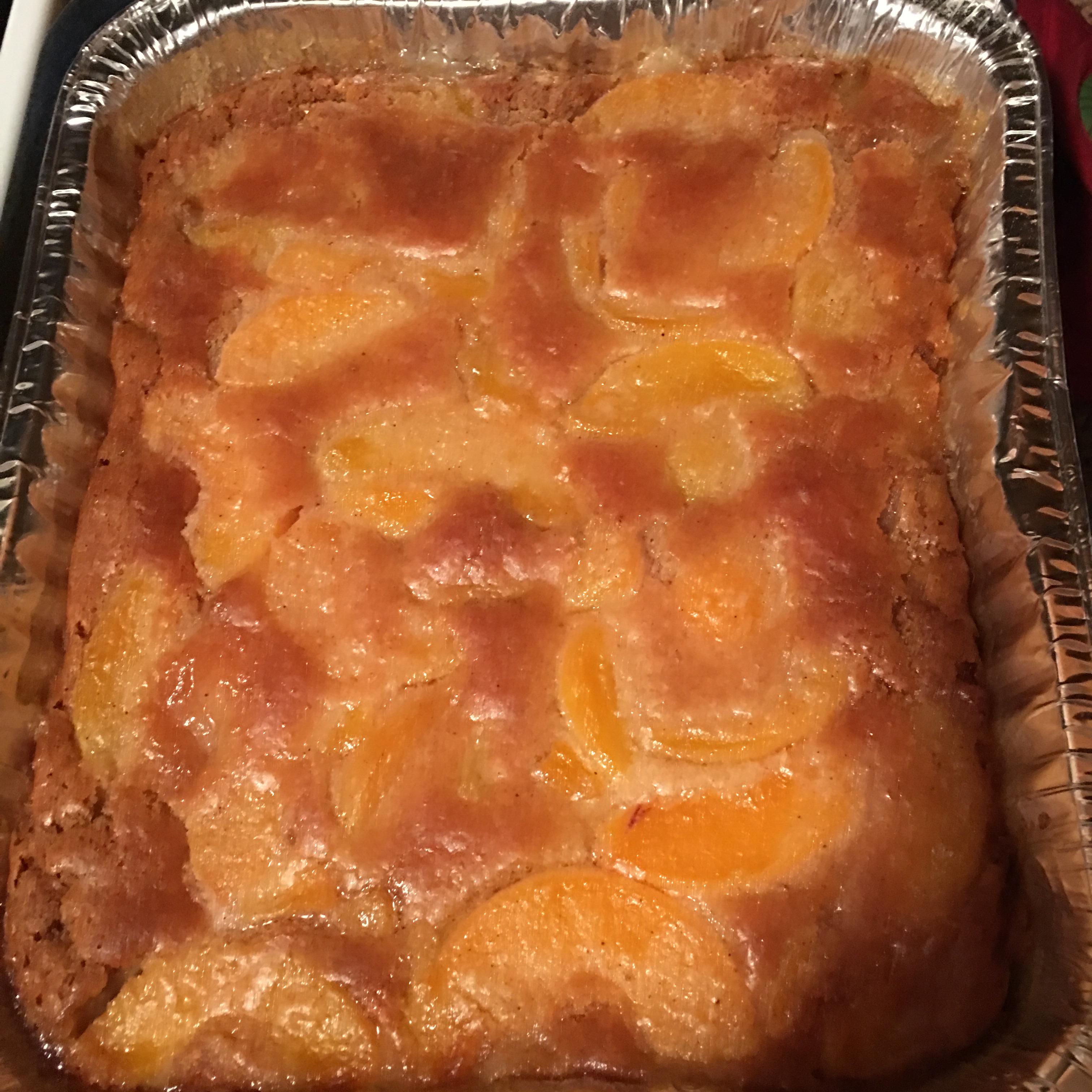 Classic Bisquick™ Peach Cobbler Regina
