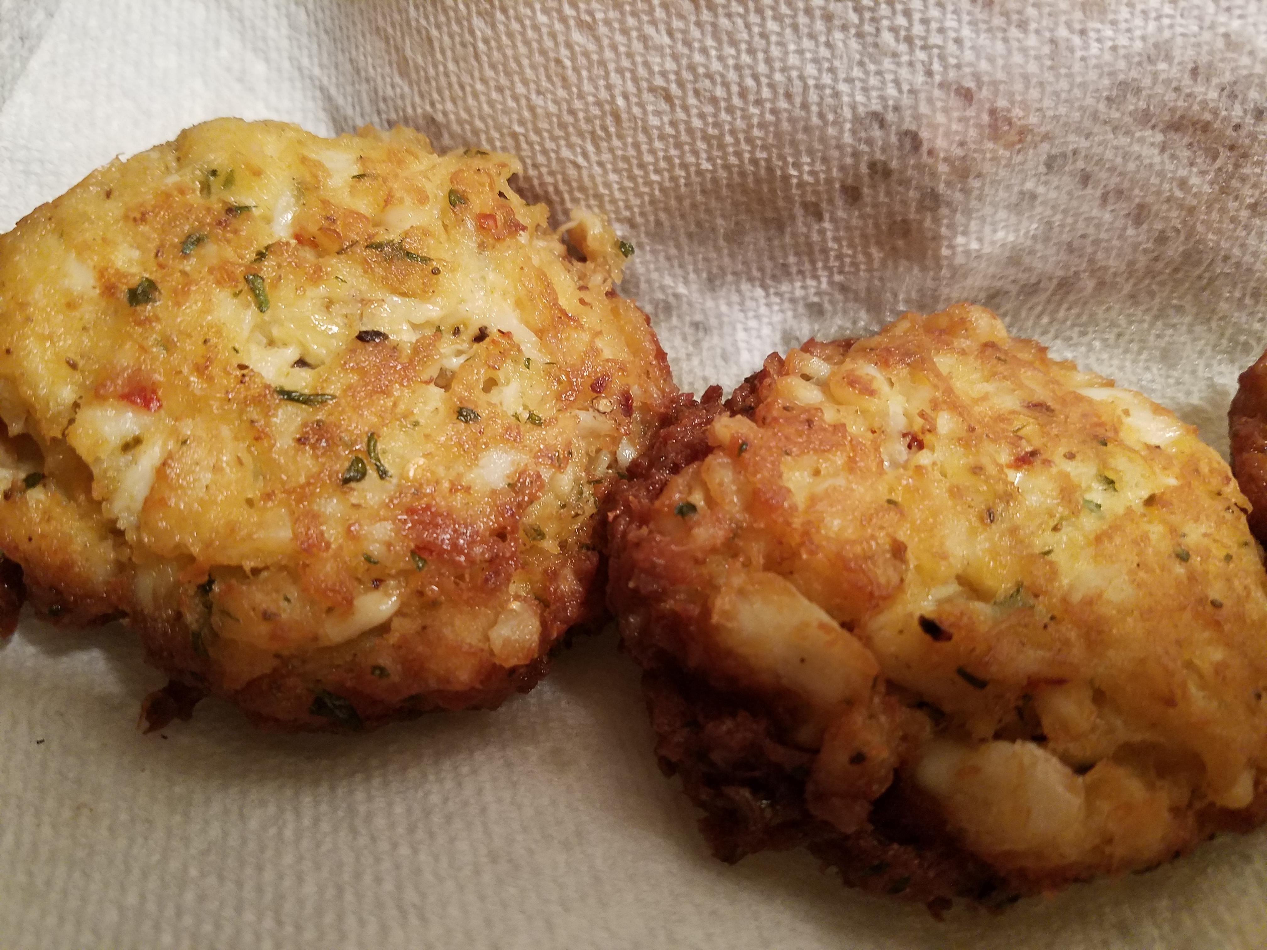 True Maryland Crab Cakes MoniLuvsLife