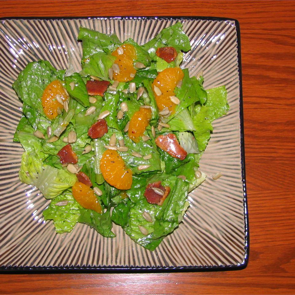 Romaine and Mandarin Orange Salad with Poppy Seed Dressing Keepingitspicy
