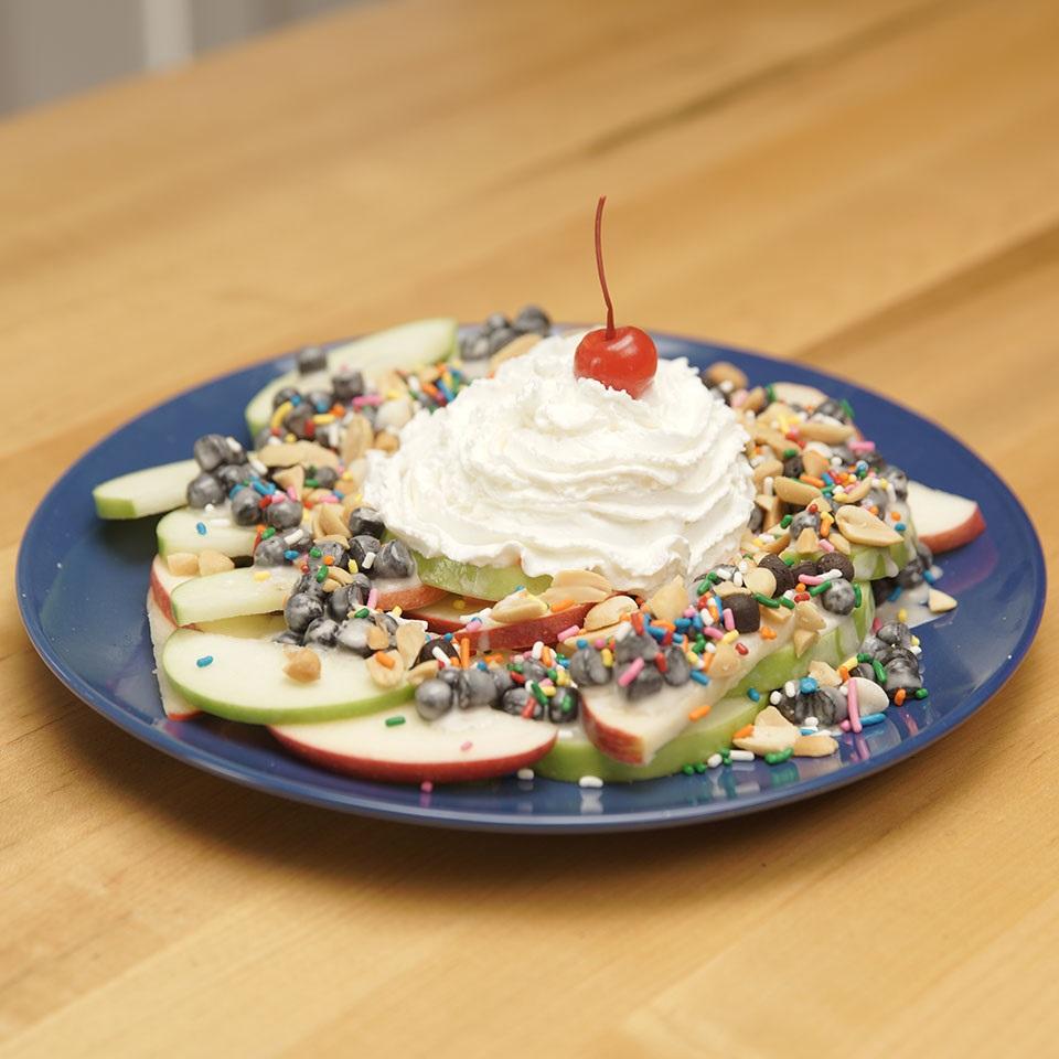 HERSHEY'S Dessert Nachos 3 Ways: Apple Variation