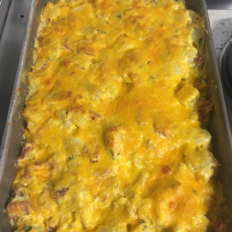 Easy Sour Cream Scalloped Potatoes cascadeboarder