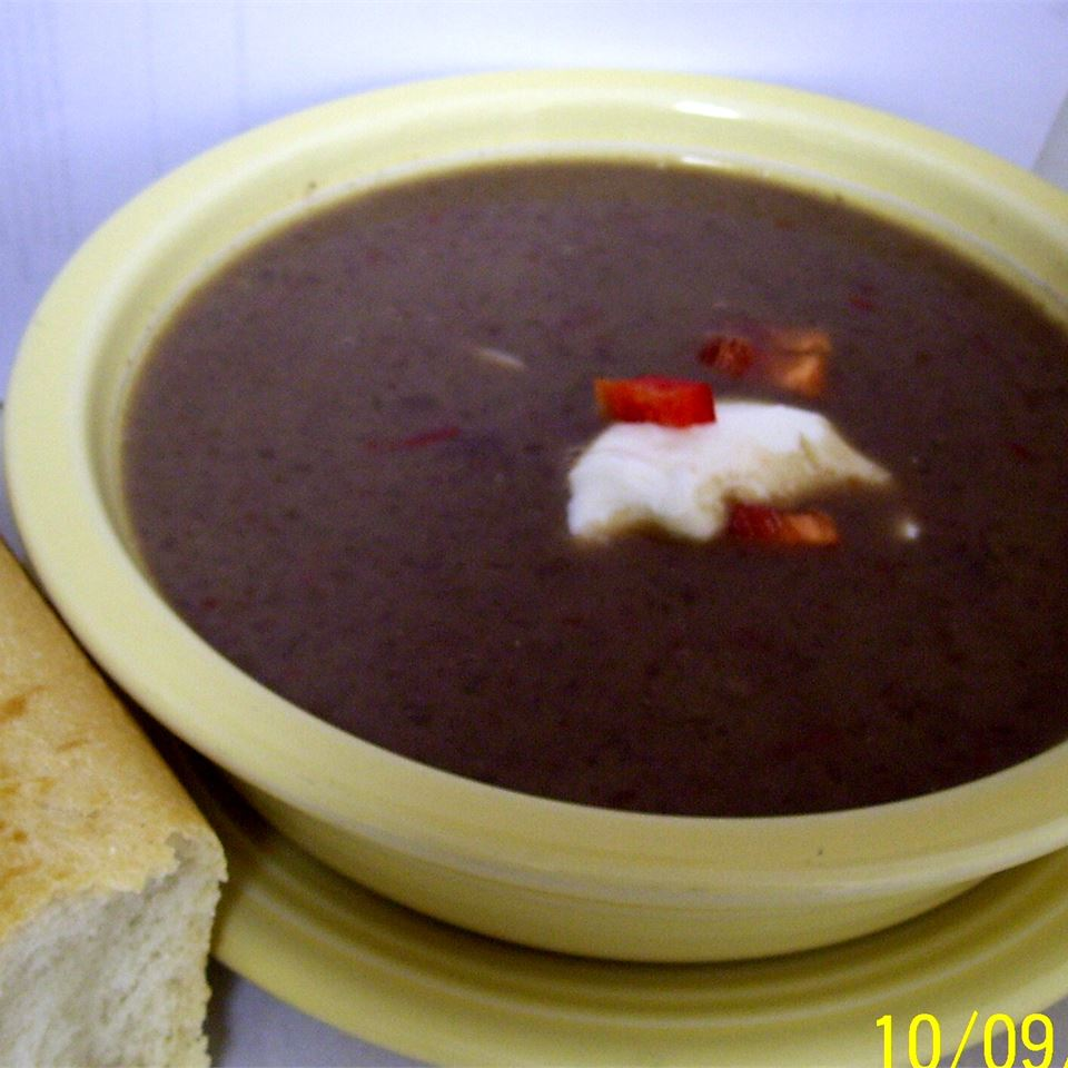 Calypso Black Bean Soup mommymeggy