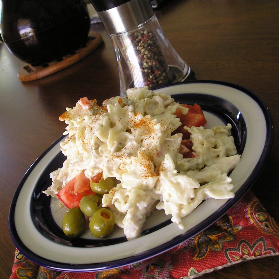Simple Ranch Chicken Macaroni Salad