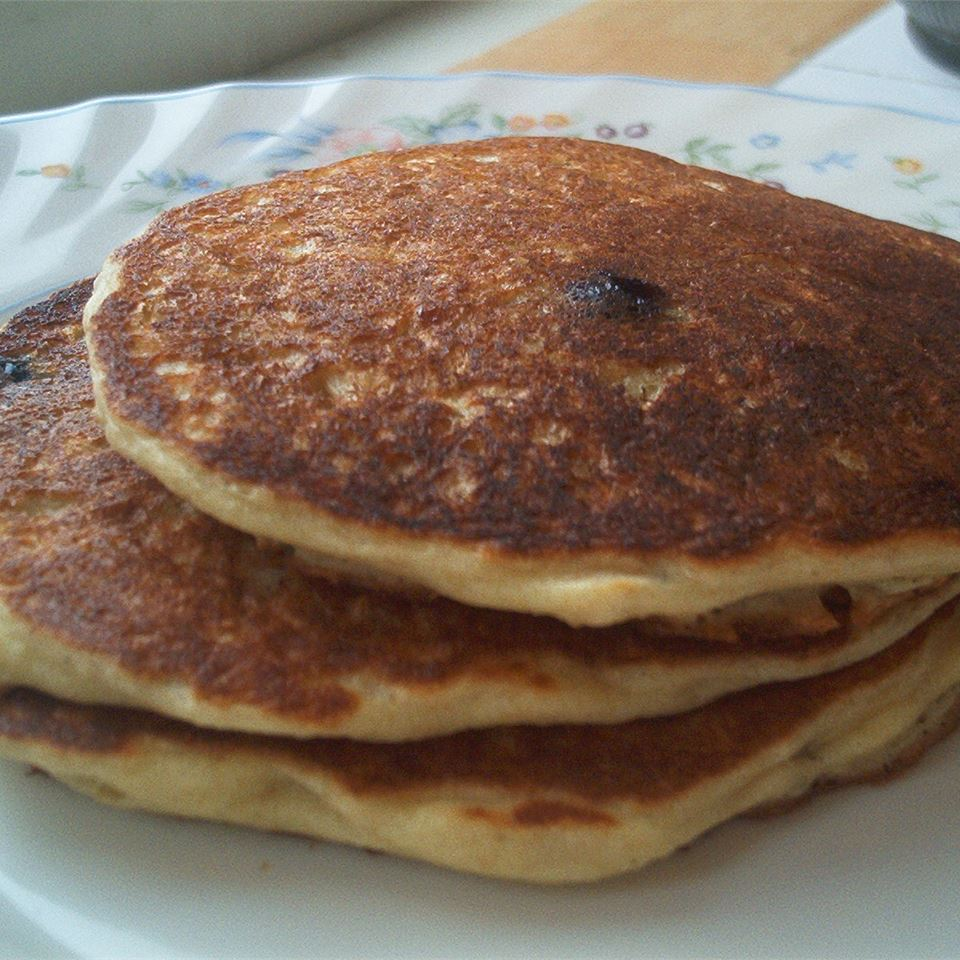 Oatmeal and Wheat Flour Blueberry Pancakes CARTERSSJC