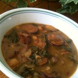 Sausage, Kale, and White Bean Soup kimkim