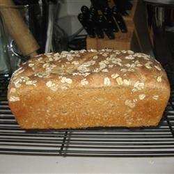 Classic Whole Wheat Bread kams32902