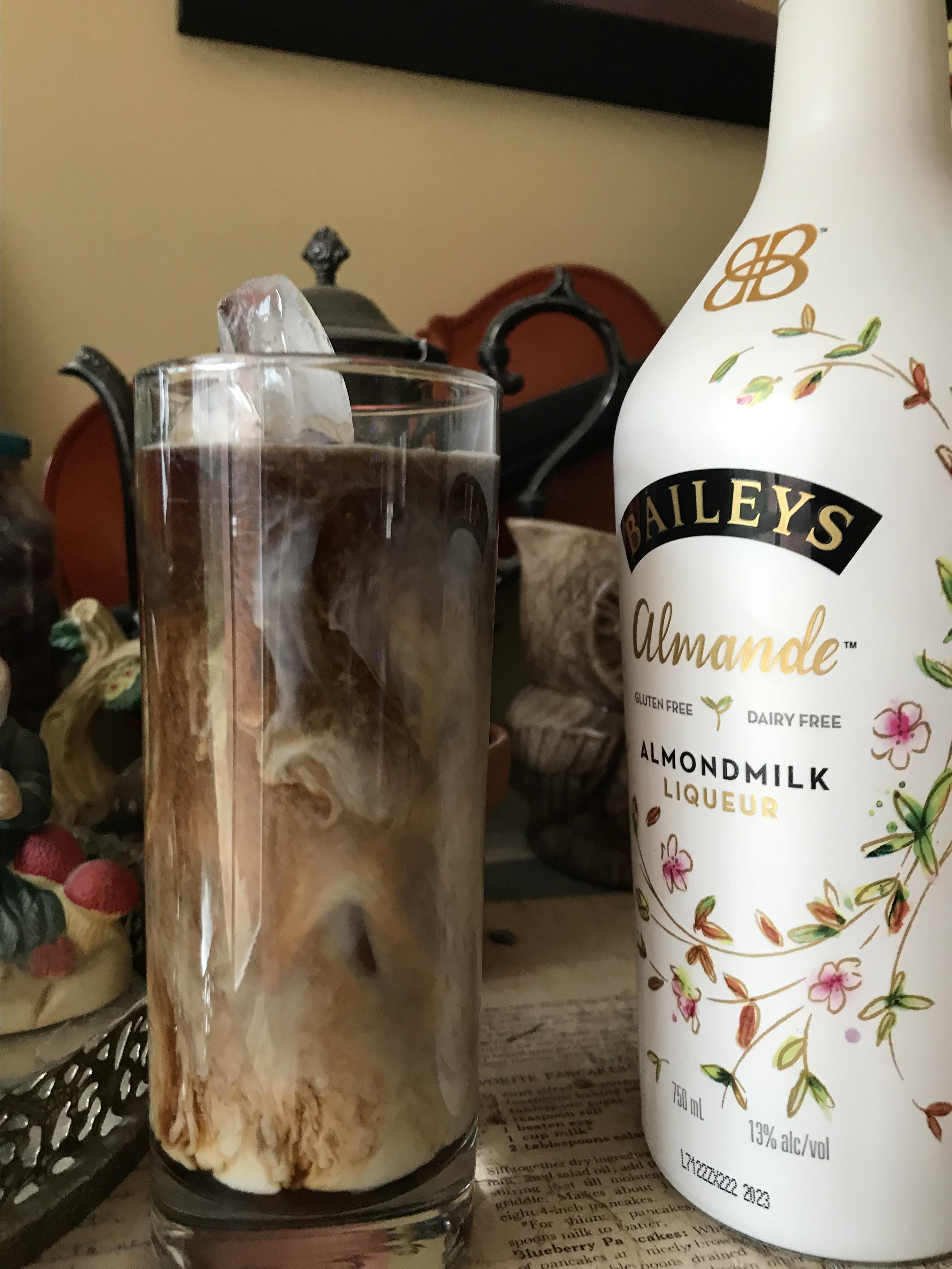 Baileys Almande Iced Coffee Jamie Justice Yost