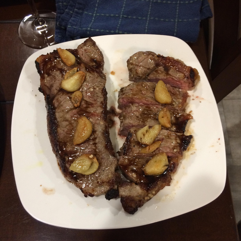 Garlic Steak with Garlic Steve Deiters
