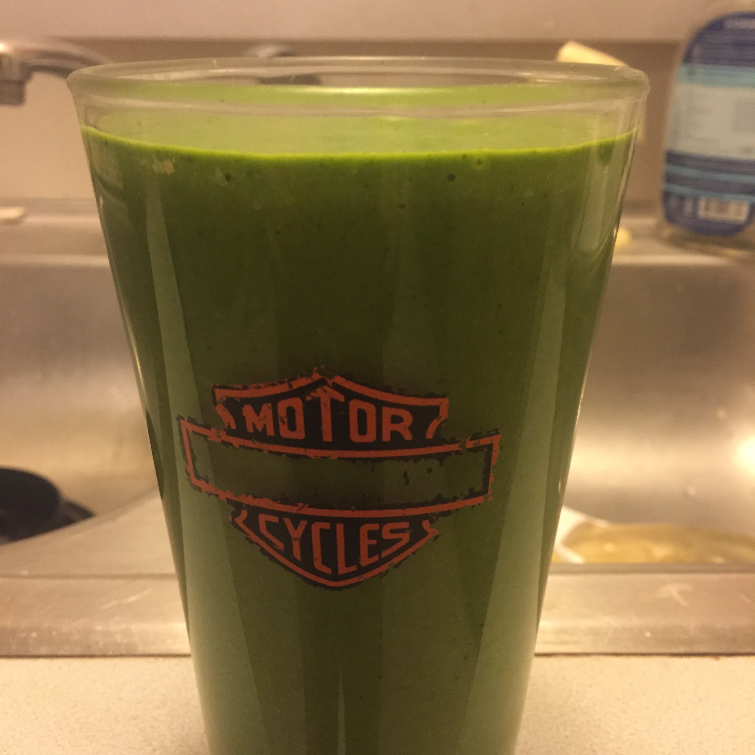 Spinach and Kale Smoothie beverly