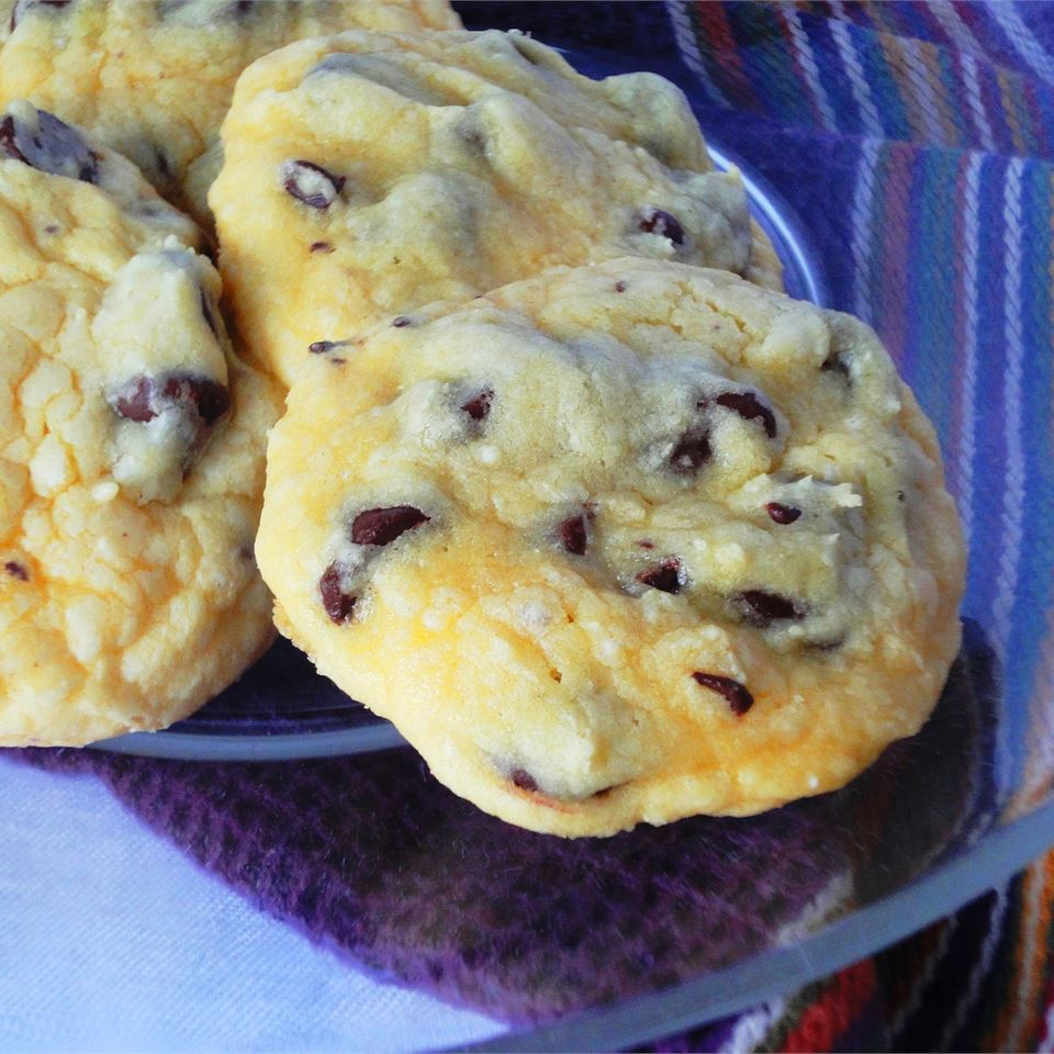 Easy Chocolate Chip Cookies larkspur