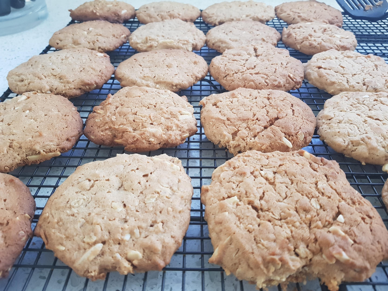 Tahini Honey Oatmeal Cookies