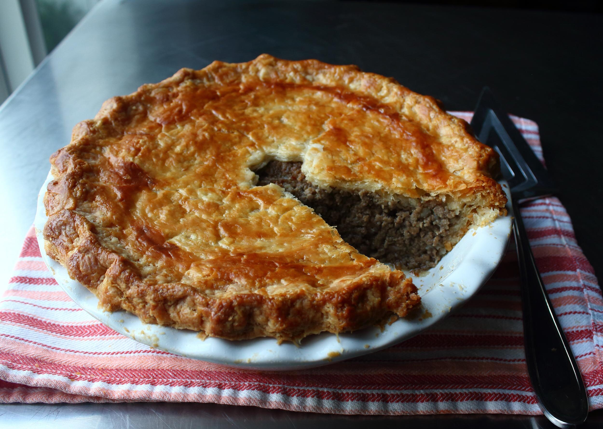 tourtiere french canadian meat pie
