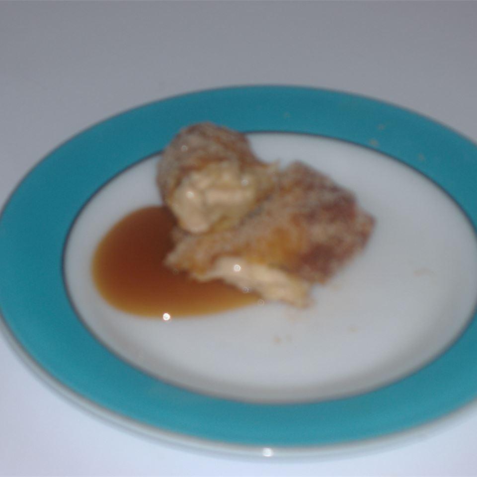 Caramel Apple Roll-Ups