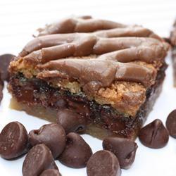 Chocolate Chip Dream Bars footballgrl16