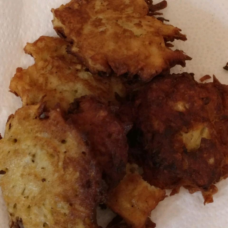 Mom's Potato Latkes