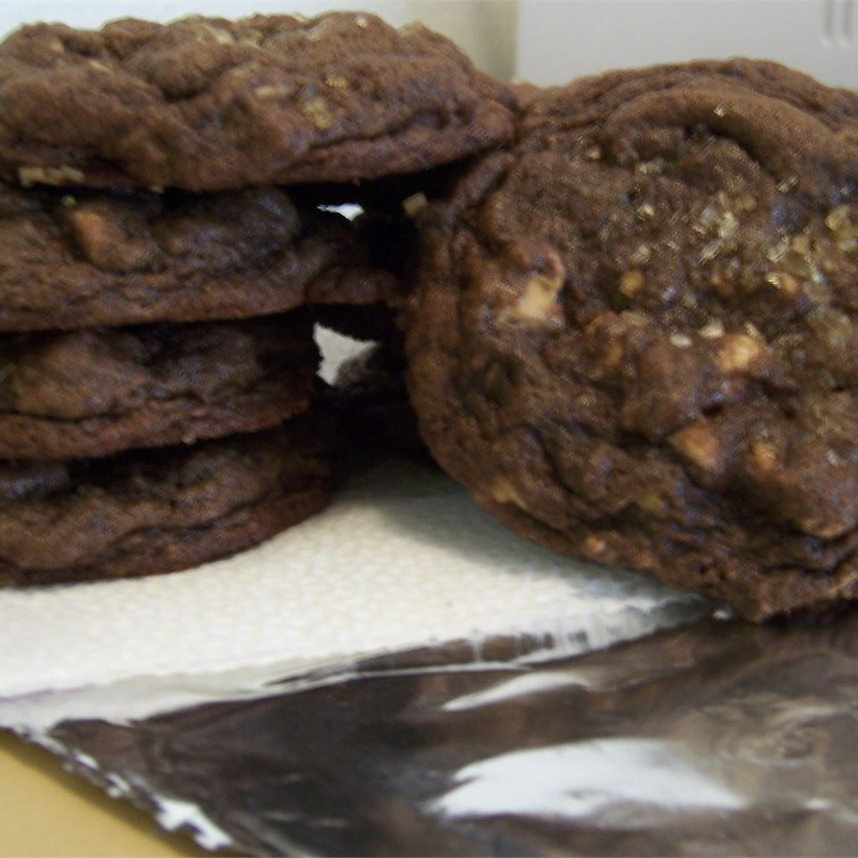 The Best Double Chocolate Chip Cookie Niki