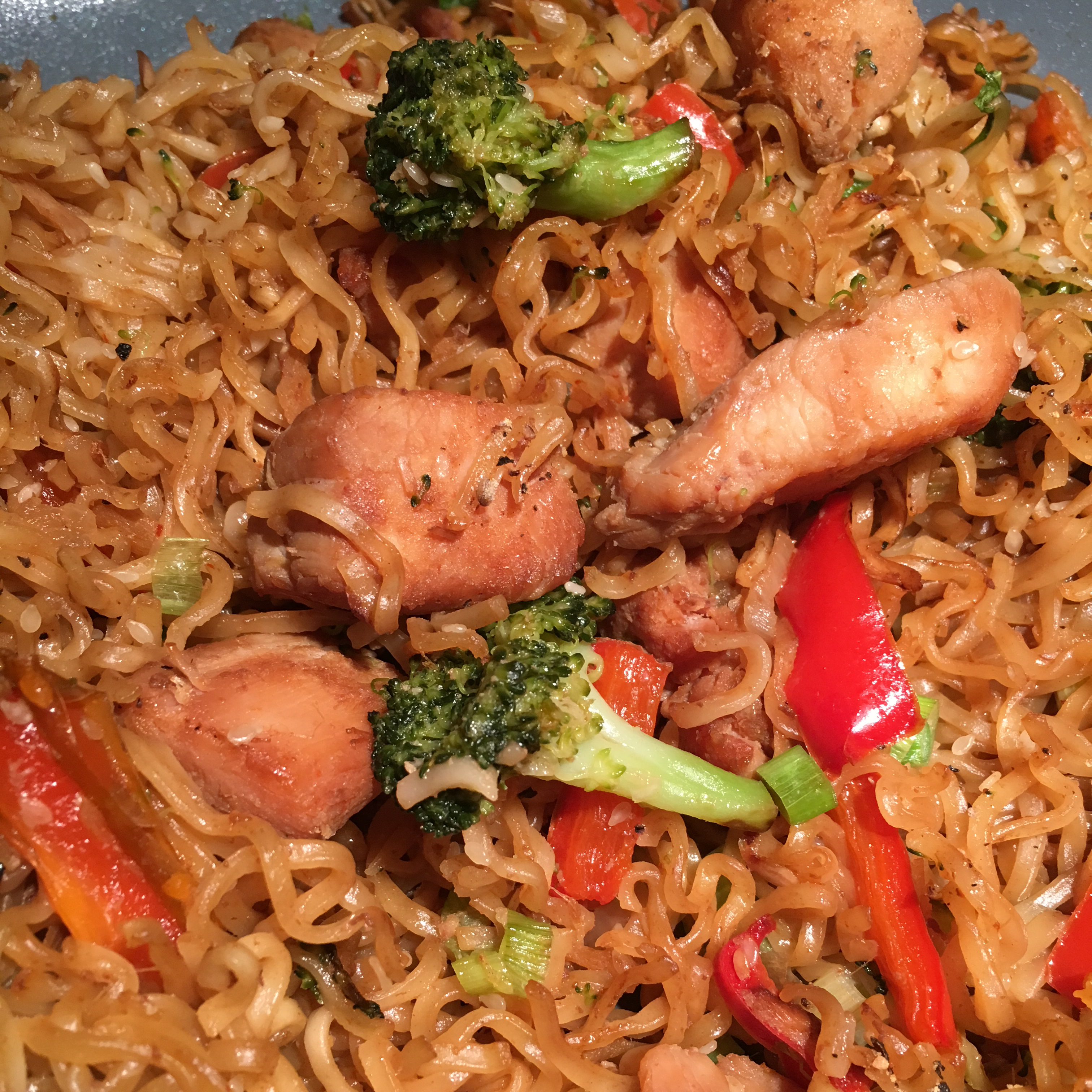 Ramen Noodle Stir-Fry with Chicken and Vegetables christinek