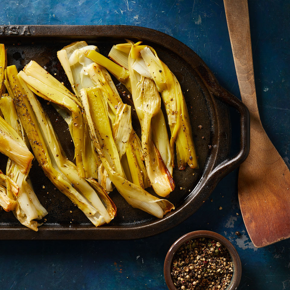 This good-for-your-gut-health food gets super-silky when slowly cooked in the oven. Serve these flavorful braised leeks with roast chicken or fish.