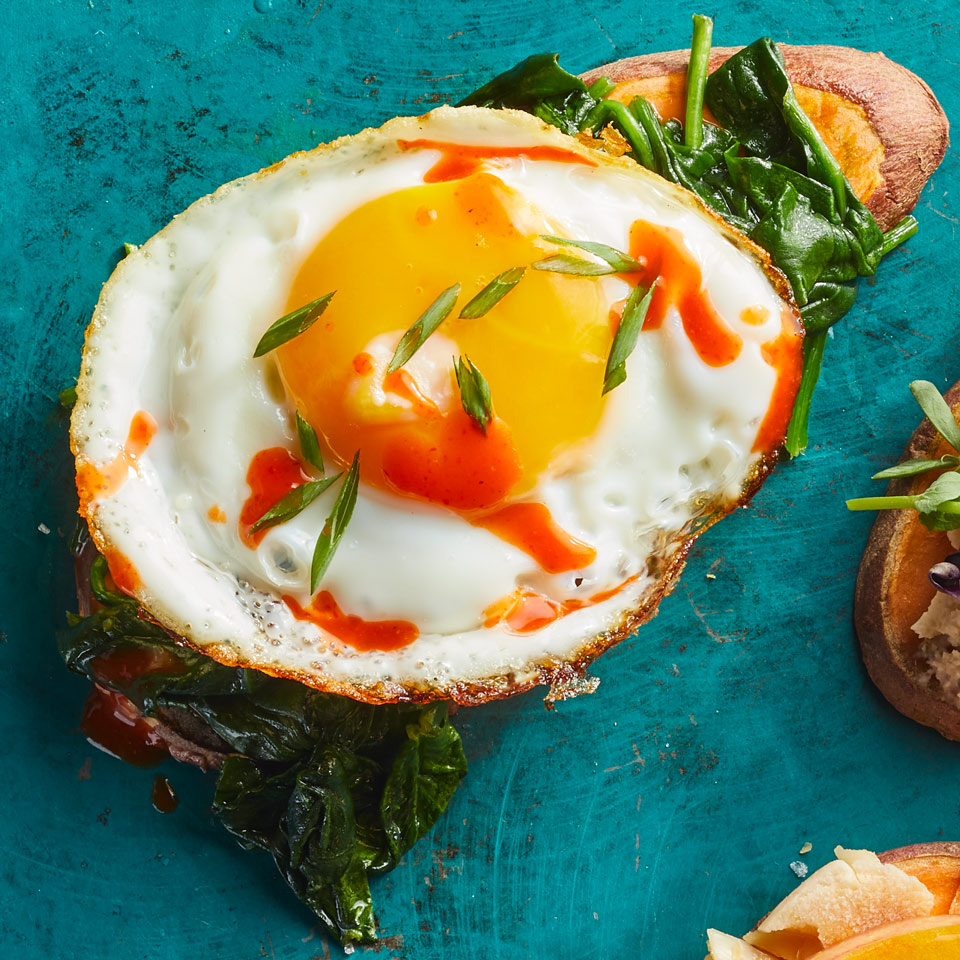 Skip the gluten and get some vitamin C with this healthy sweet potato toast recipe. Topped with spinach, egg and a dash of hot sauce, it's a delicious alternative to eggs Benedict. Source: EatingWell Magazine, January/February 2018