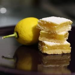 Old-Fashioned Lemon Bars renee