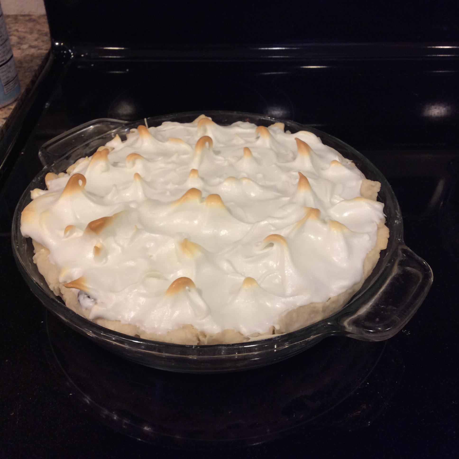 Mom's Chocolate Meringue Pie P!3!$G00d