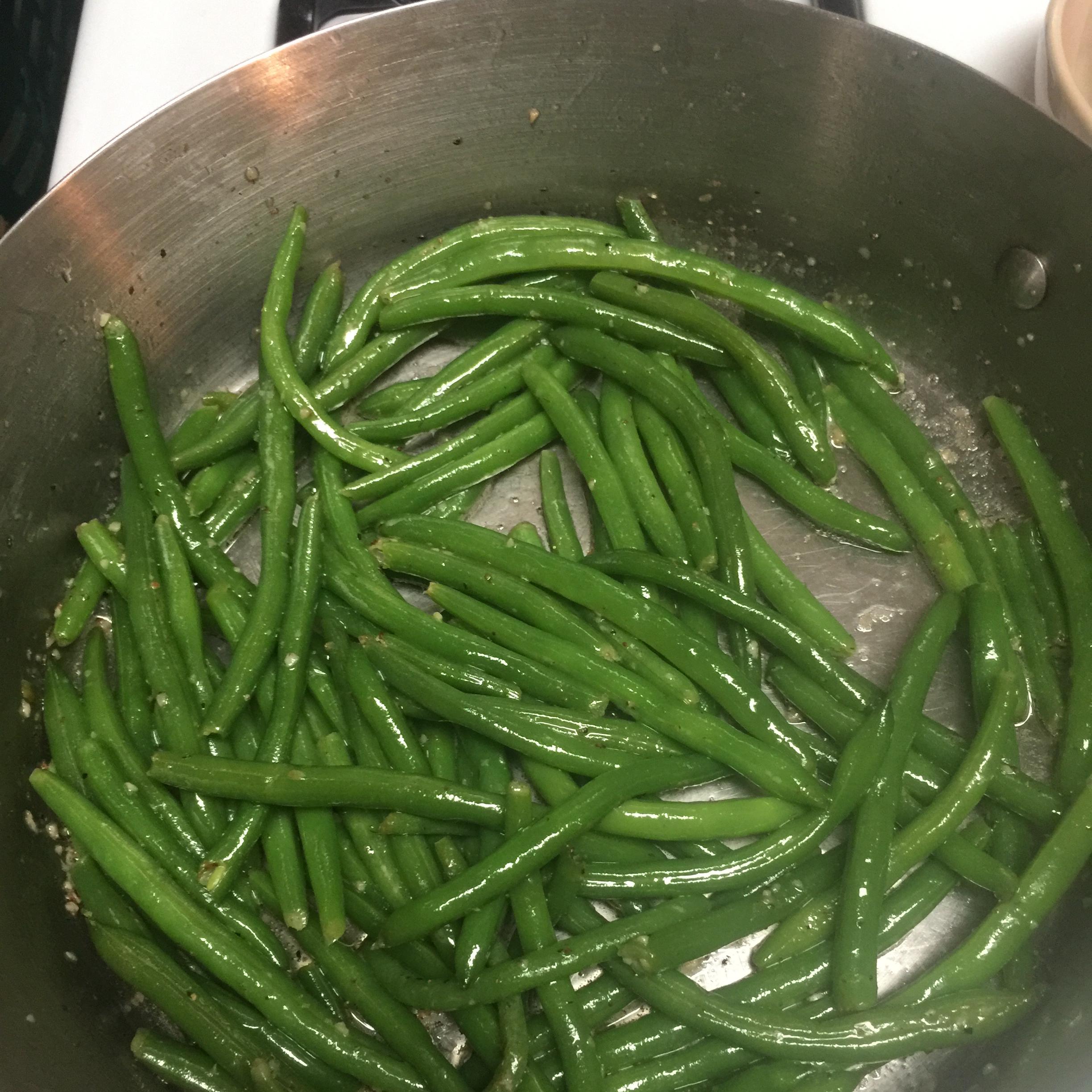 Buttery Garlic Green Beans Allison