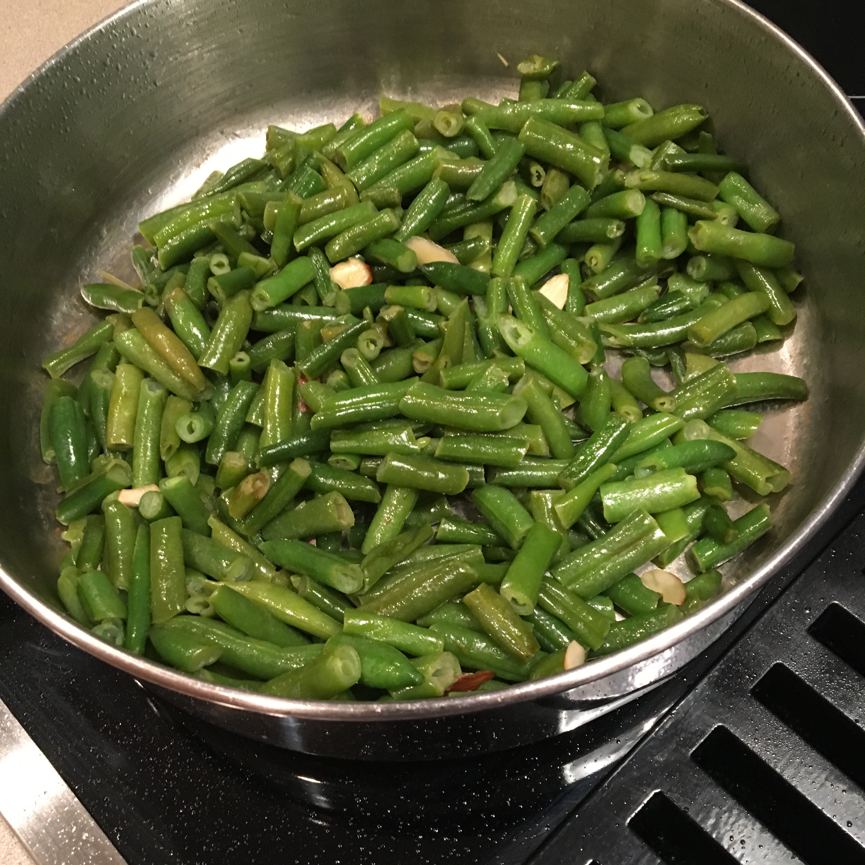 Sauteed Green Beans clgpear
