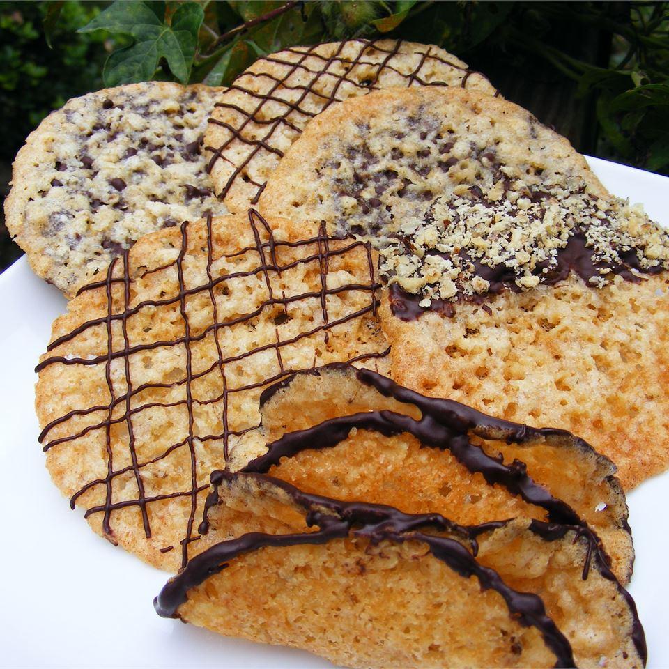 Lacy Oatmeal Cookies abapplez