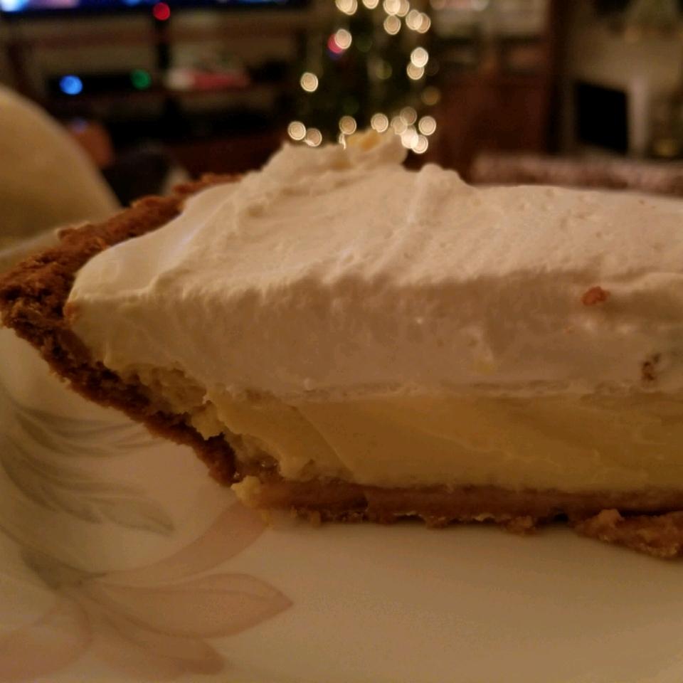 Creamy ReaLemon® Pie Crash