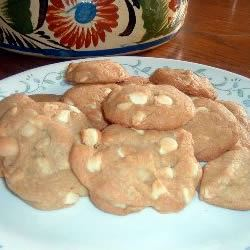 White Chocolate Macadamia Nut Cookies I Pammy Moscoso Vance