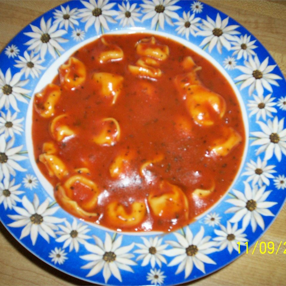 Minute Tomato Soup with Tortellini Anonymous