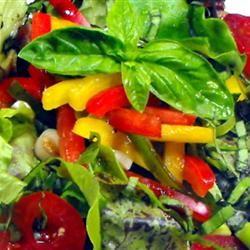 Italian Leafy Green Salad bellepepper