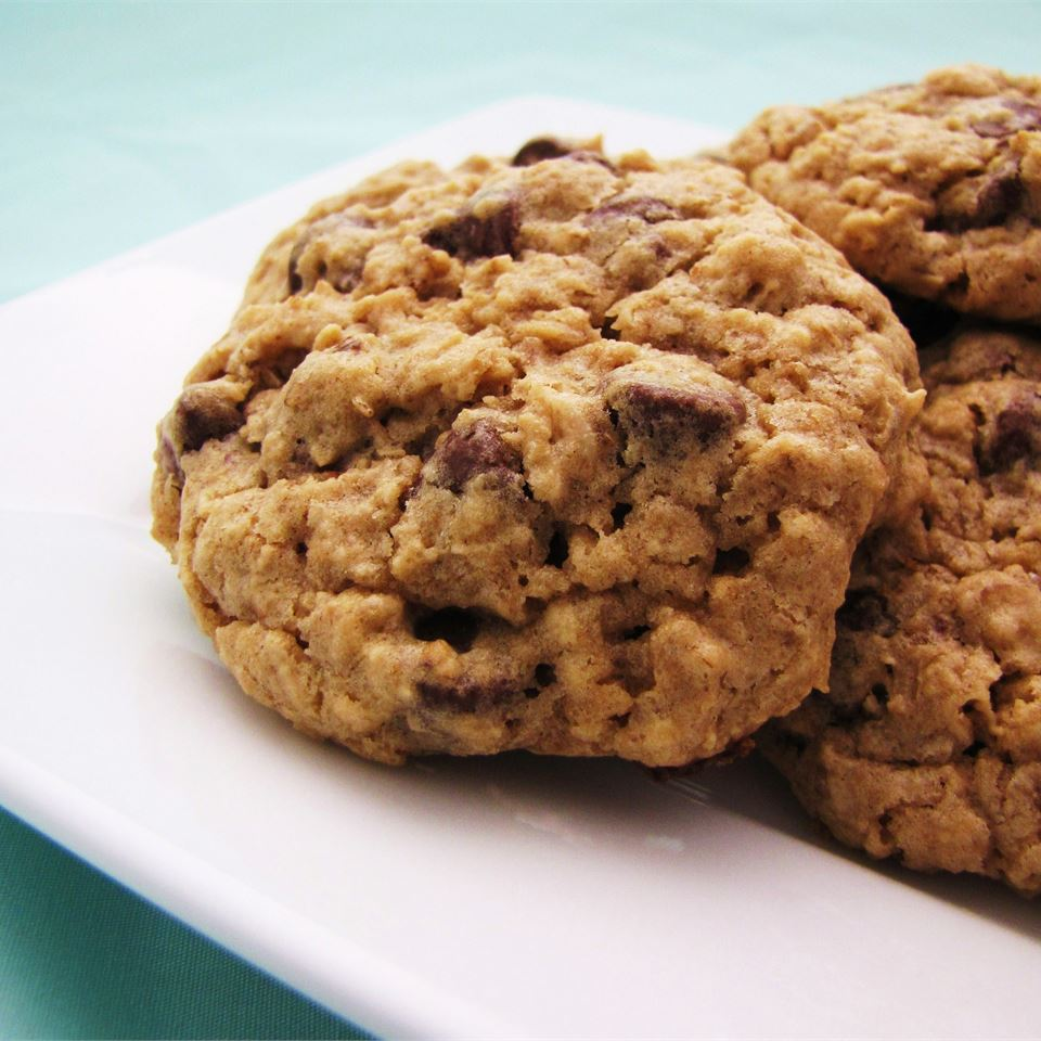 Chewy Chocolate Chip Oatmeal Cookies Recipe Allrecipes