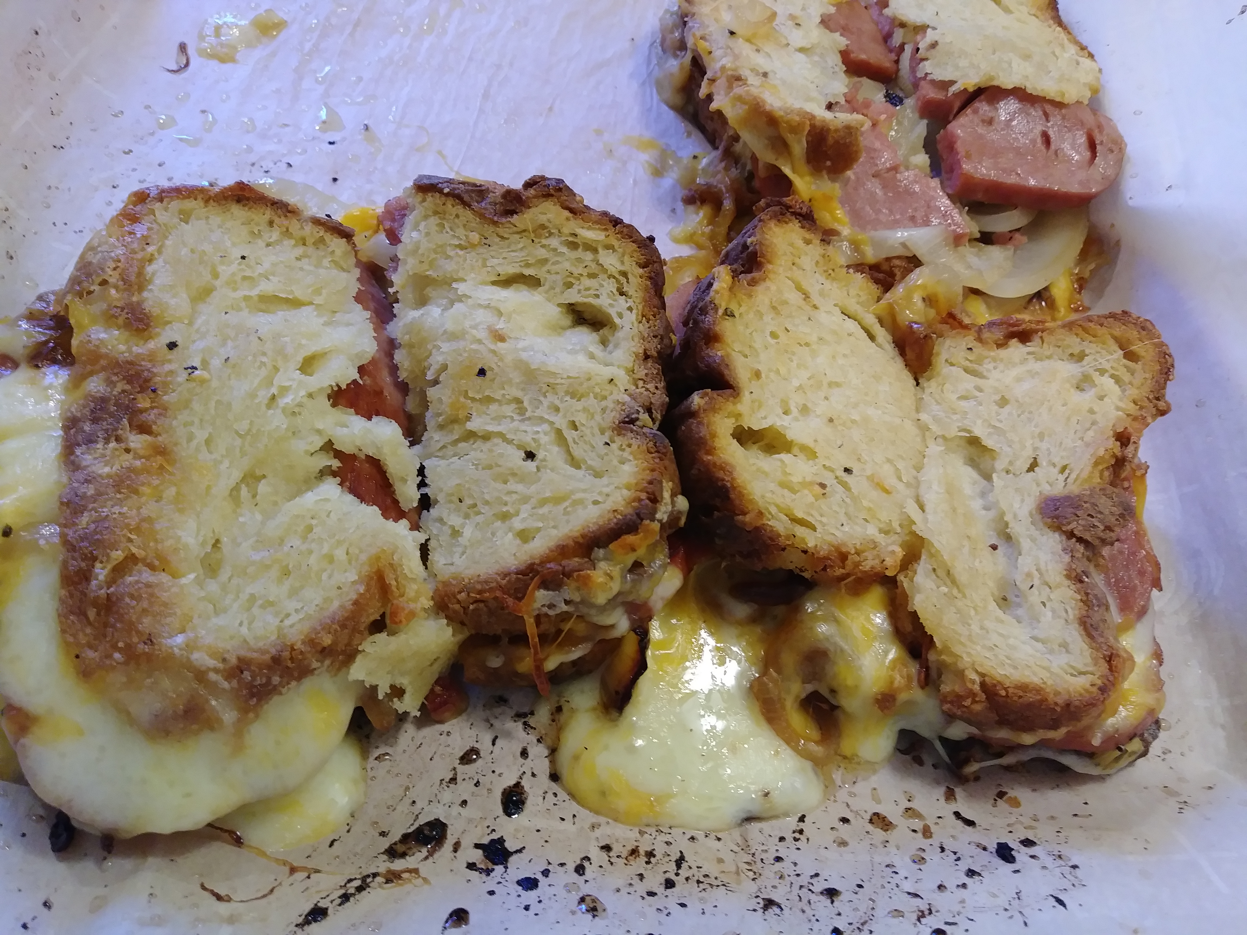 Grilled SPAM®, Tomato, Cheddar Cheese, and Sweet Onion Sandwiches