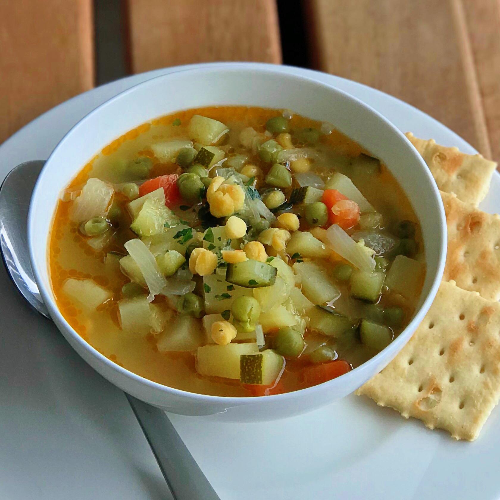 Simple Vegan Split Pea Soup