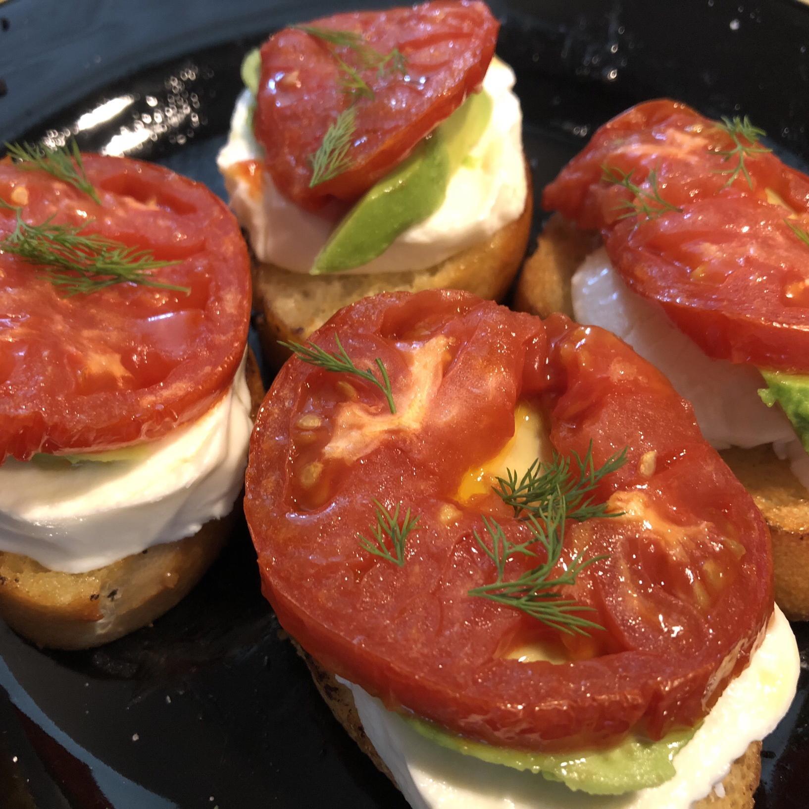 Roasted Tomato, Avocado, and Fresh Mozzarella Crostini ChChCheddar