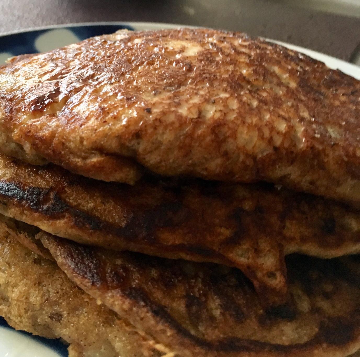 Buttermilk Banana Pancakes aliciabiggs