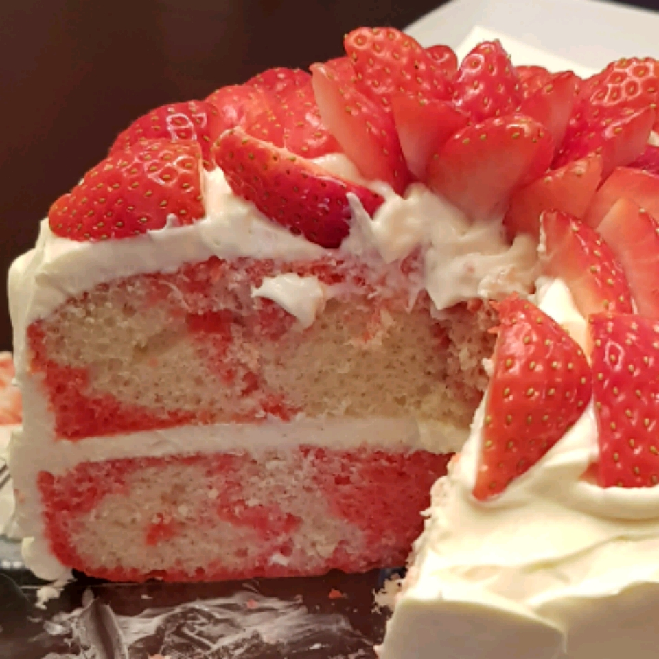 Strawberry Marble Cake TMMor1837